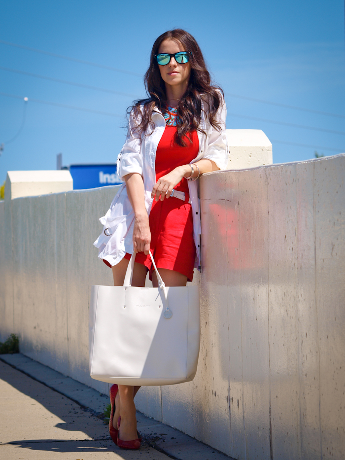 bittersweet colours, street style, colours,red on red , mirrored sunglasses,