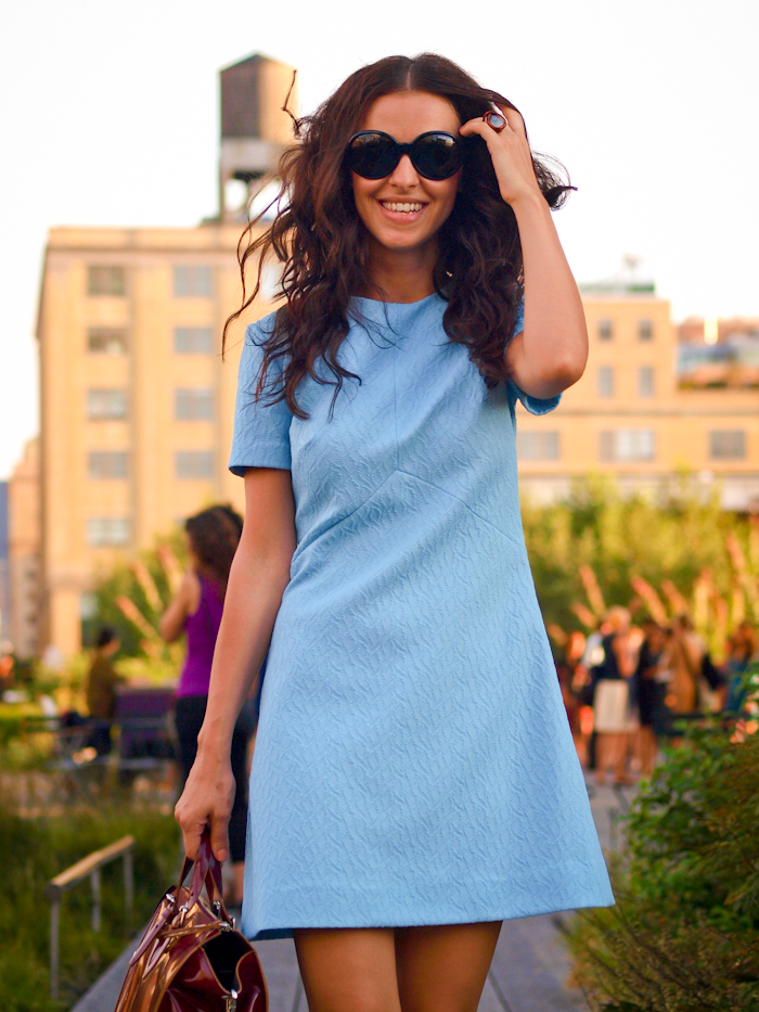 bittersweet colours, street style, baby blue dress, vintage dress, New York, leopard print shoes,