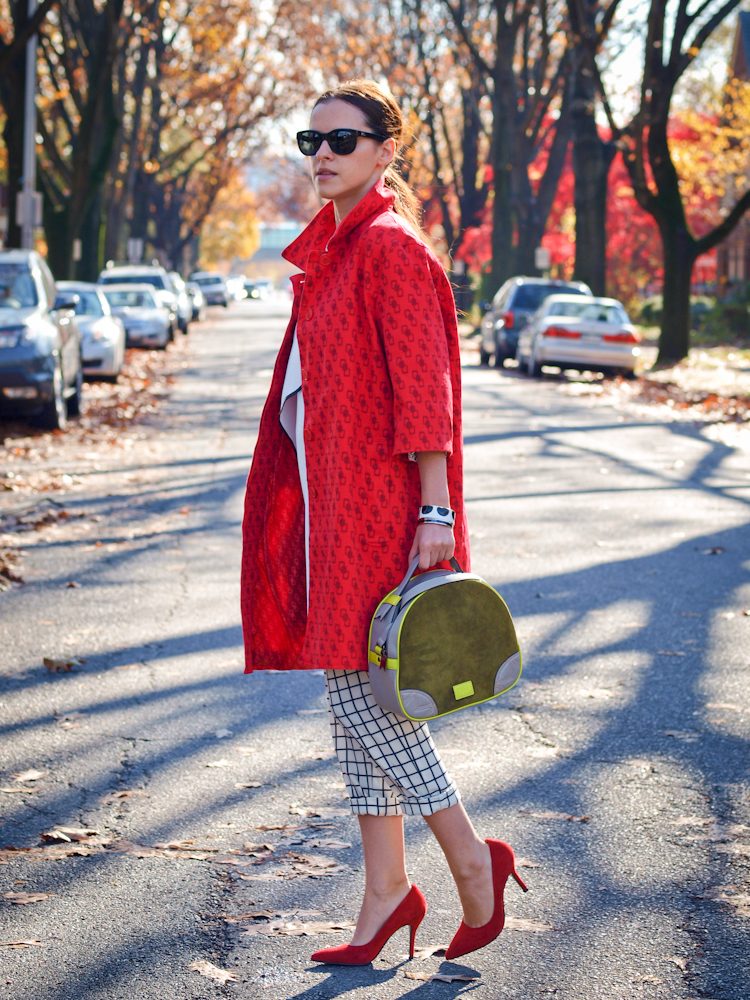 bittersweet colours, fall street style, street style, colorful coats, red coat, graphic prints, meredith wendell,