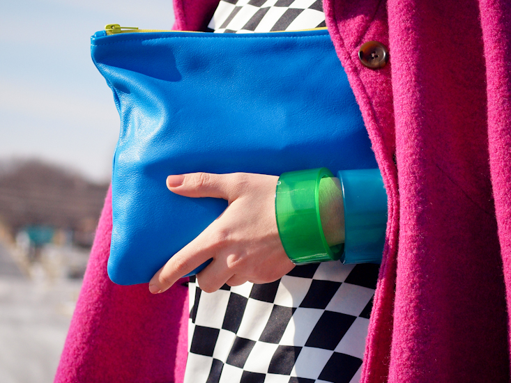 bittersweet colours,sneakers trend, bittersweet colours, fall trends, casual loook, american apparel clutch,