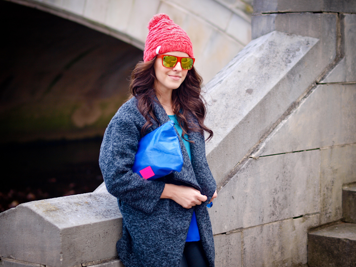 bittersweet colours, leather pants, fall coats, beanie, street style,