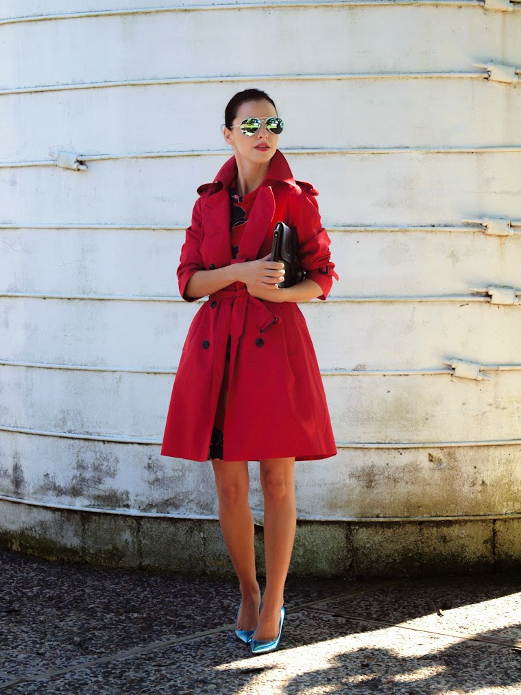 bittersweet colours, fall 2013, Fall trends, harlyn, HUNTER, metallics trend, mirrored sunglasses, miu miu, RED, street style, Trench coat,