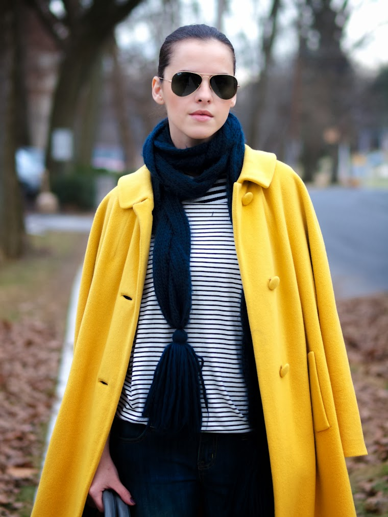 bittersweet colours, colorful coats, Costume National, jeans trend, leopard print, RAY BAN, street style, stripes, winter trends, yellow coat, hurley, animal print trend,