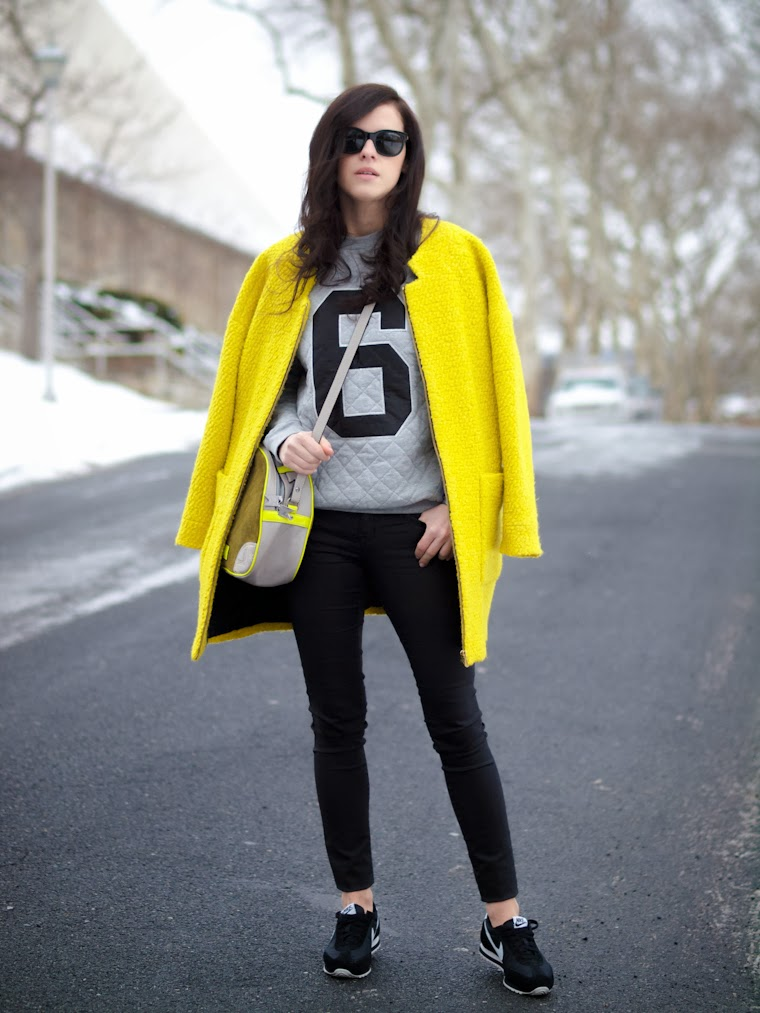 bittersweet colours, ASOS, sweatshirt, Meredith Wendell, Zara, yellow coat, neon colors, colorful coats, cooee jewelry, Nike, sporty-chic, sporty trend, street style, winter trends