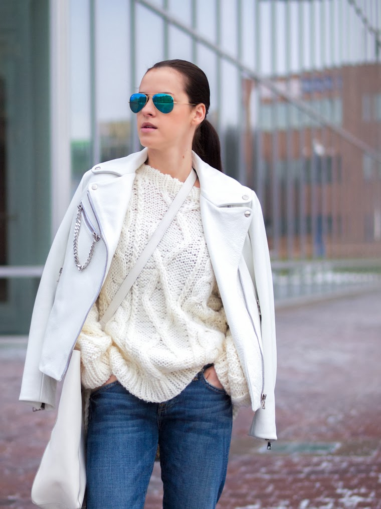 bittersweet colours, boyfriend jeans, casual look, jeffrey campbell, Joe fresh, Lucky Brand, RAY BAN, street style, white brogue shoes, white leather jacket, white trends, winter trends, winter whites, cool blue,