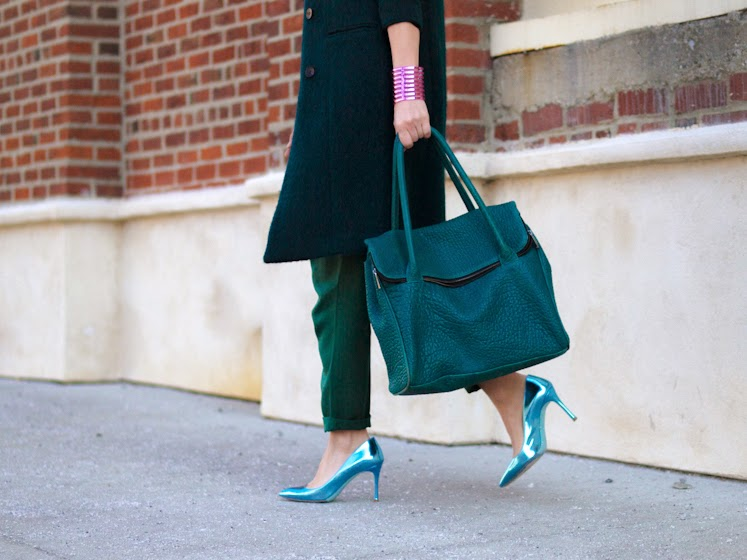 ASOS, bittersweet colours, colorful coats, cooee jewelry, emerald green, green coat, JUMPSUIT, mirrored sunglasses, miu miu heels, RAY BAN, Spring trends, street style, turquoise color, Zara, metallic trend,