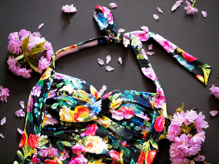 bittersweet colours, details from my closet, floral prints, Floral trend, one piece swimsuit, retro swimsuit, Seafolly, summer 2014, swimsuit, COLORS,