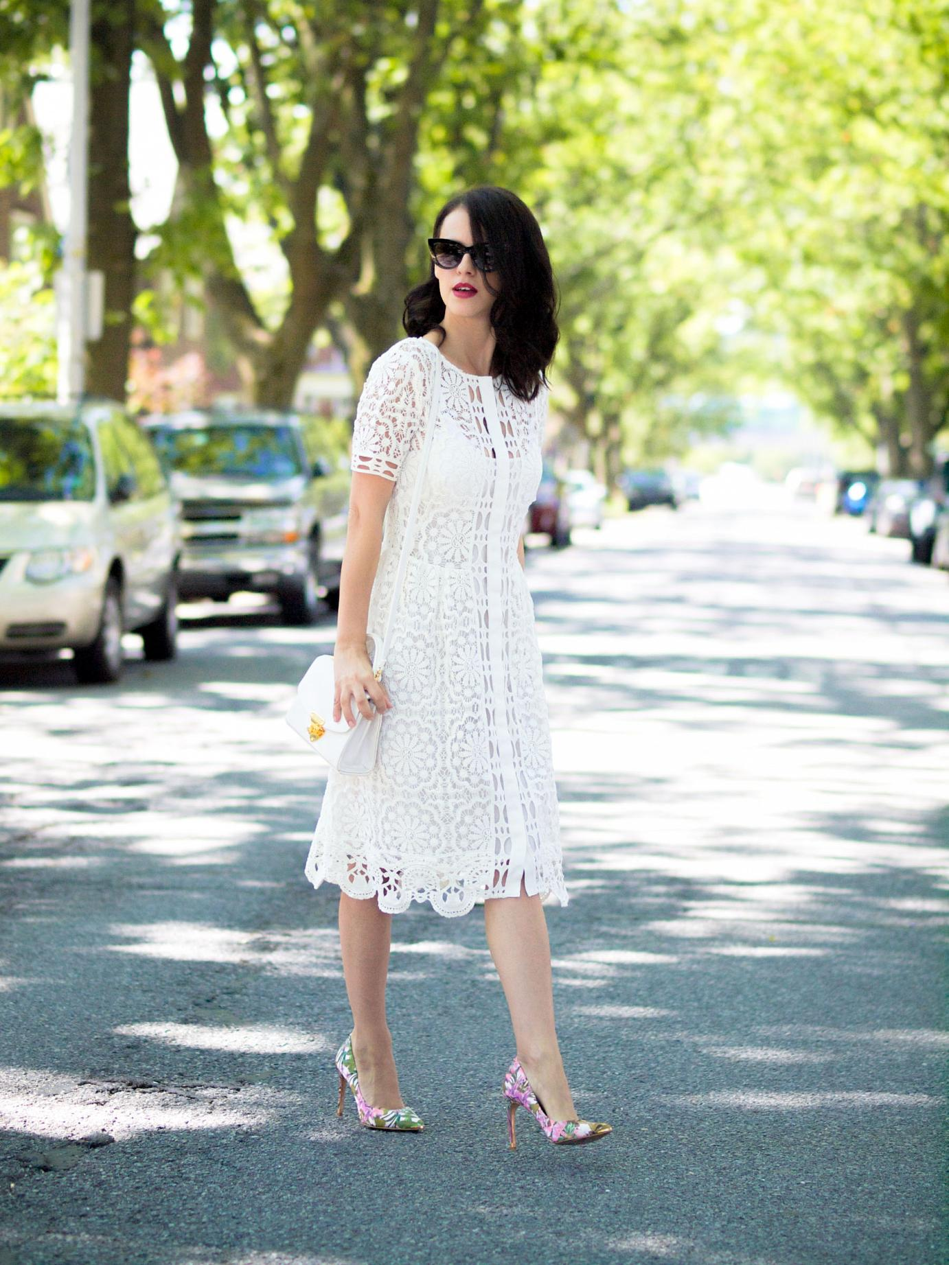 bittersweet colours, white crochet dress, summer dress, ted baker, floral printed shoes, vintage bag, street style, asos sunglasses,  eye cat sunglasses
