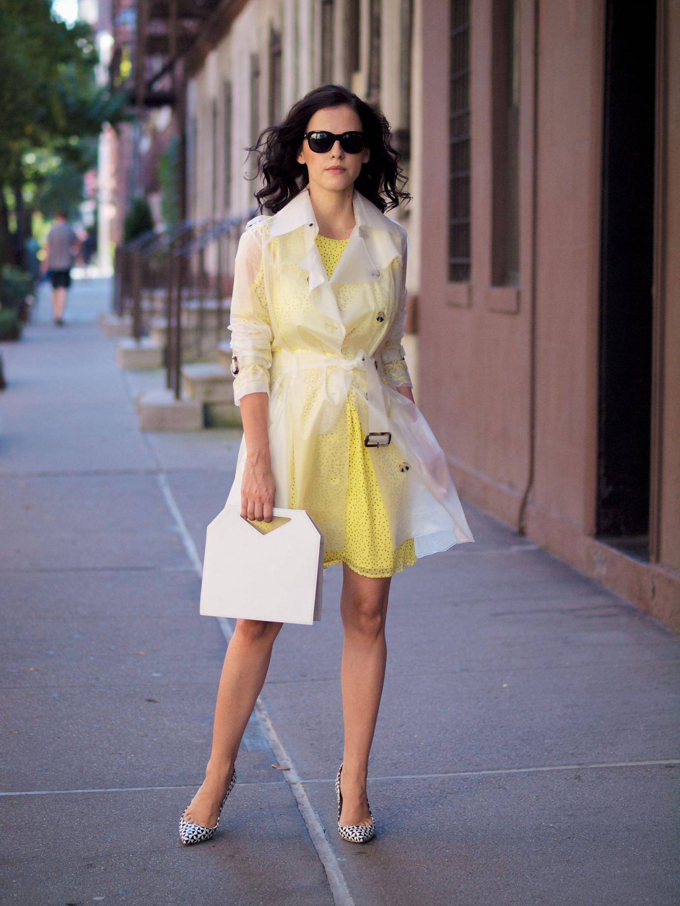 bittersweet colours, terra new york trench coat, transparent trench, terra new york, New York, street style, J Crew, printed shoes, zara dress, yellow dress, imago-a bag, fall trends,