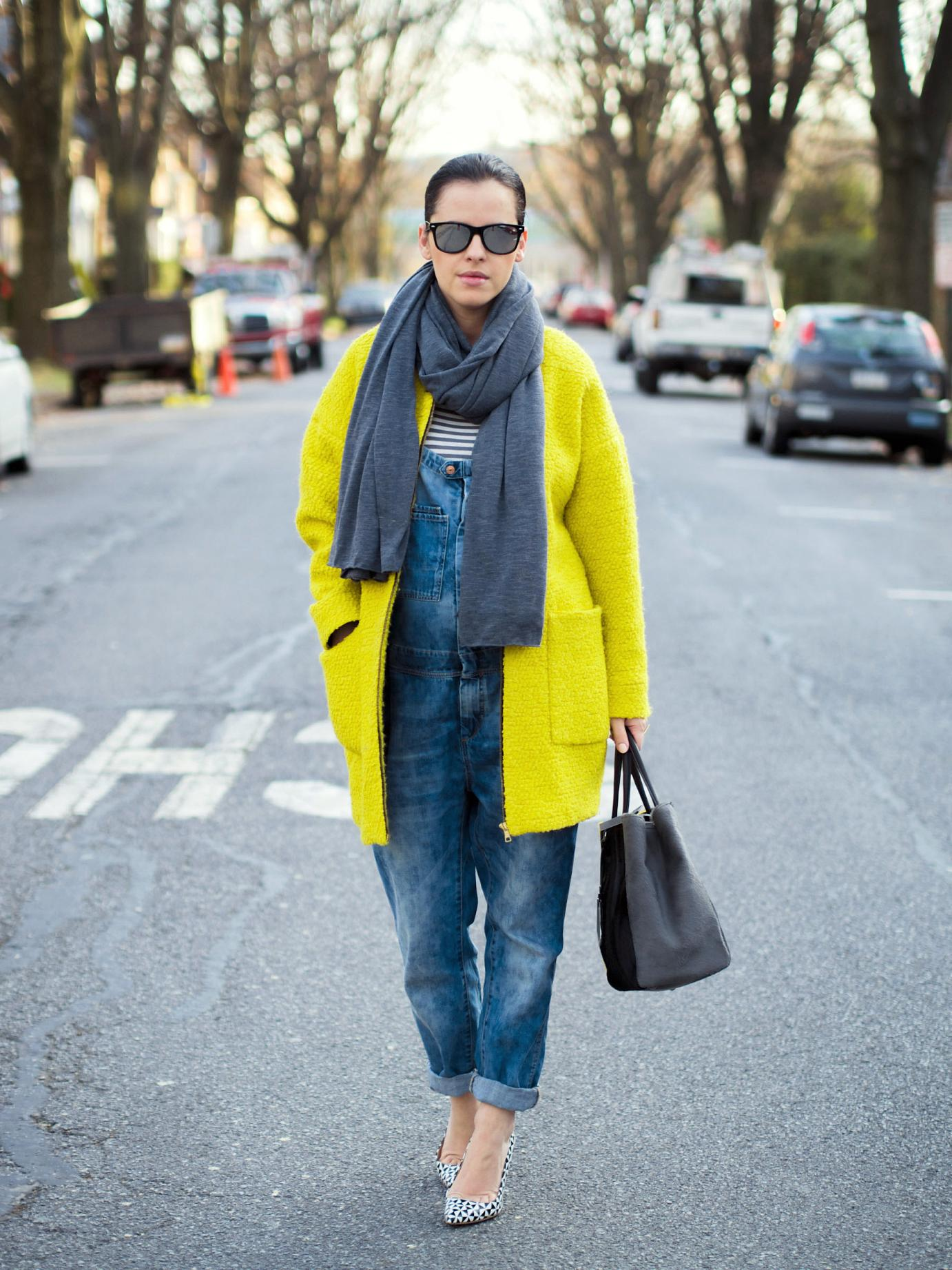 bittersweet colours, street style, yellow coat, colorful coats, maternity style, denim overalls, j.crew shoes, winter, mirrored sunglasses, fendi bag, 2jours bicolor fendi bag,